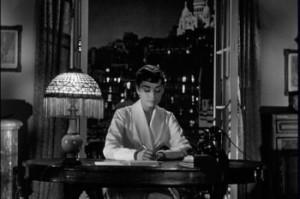 Sabrina-Audrey-Hepburn-Paris-2-350x233c
